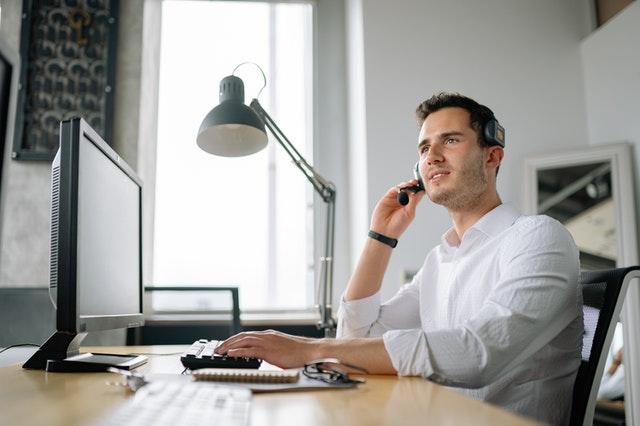 Customer service in a digital world